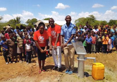 Pomoc w budowie studni dla szkoły w wiosce Libambami
